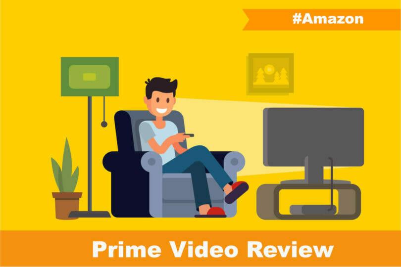 Amazonプライムビデオを楽しむ男性