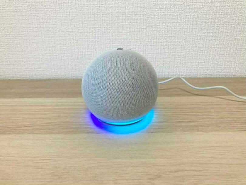 Echo Dot第4世代の電源を入れてみた